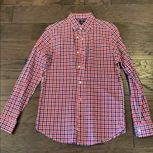 Gap navy and red checked button down shirt